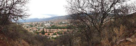 Cochabamba von San Pedro Mountain stockbild