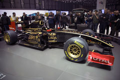 Coche 2011 de la fórmula 1 del GP de Renault del loto Foto de archivo libre de regalías