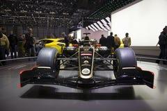 Coche 2011 de la fórmula 1 del GP de Renault del loto Fotos de archivo