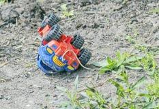 Coche abandonado del juguete Imagen de archivo libre de regalías