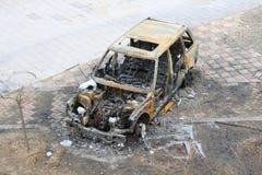 Coche abandonado quemado Imagen de archivo libre de regalías