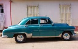 Coche americano clásico como taxi en Trinidad, Cuba Imagenes de archivo