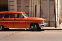 Coche americano clásico en La Habana vieja Fotografía de archivo