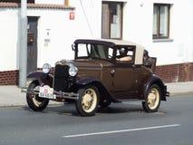Coche americano muy viejo, Ford Fotos de archivo libres de regalías