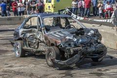 Coche arruinado después de la demolición derby Foto de archivo libre de regalías