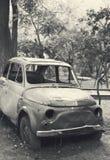 Coche arruinado viejo Foto de archivo libre de regalías