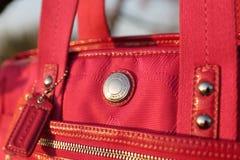 Coche auténtico Pink Handbag imagenes de archivo
