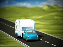 Coche azul del vintage en el camino con la caravana ilustración 3D Imagenes de archivo