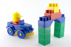 Coche azul - juguete plástico mecánico Foto de archivo libre de regalías