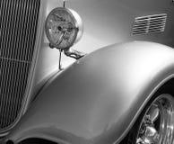 Coche blanco y negro Fotos de archivo
