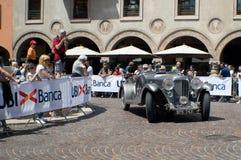 Coche clásico en Mille Miglia 2016 Foto de archivo