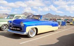 Coche clásico: Ford Convertible 1951 Imágenes de archivo libres de regalías