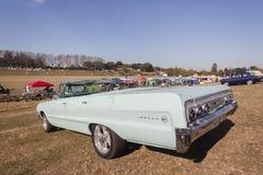 Coche convertible clásico del vintage de Chevrolet Foto de archivo