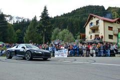 Coche de adaptación de la reunión de Audi R8 Foto de archivo libre de regalías