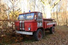 Coche de bomberos abandonado Foto de archivo libre de regalías
