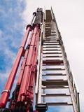 Coche de bomberos de la escala imágenes de archivo libres de regalías