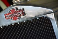 Coche de bomberos de LaFrance del americano antiguo Imágenes de archivo libres de regalías
