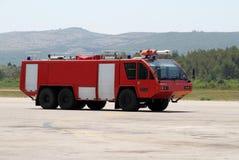 Coche de bomberos del aeropuerto Imagenes de archivo