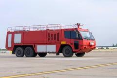 Coche de bomberos del aeropuerto Foto de archivo libre de regalías
