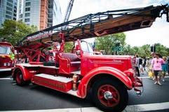 Coche de bomberos del vintage en demostraciones de coche clásicas el día 2013 de Australia fotos de archivo