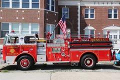 Coche de bomberos en la exhibición en la asociación antigua del automóvil del Car Show anual de la primavera de Brooklyn Fotos de archivo libres de regalías