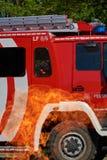 Coche de bomberos en peligro fotografía de archivo libre de regalías