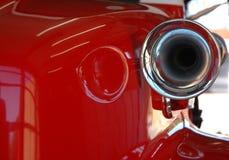 Coche de bomberos rojo y sirena Fotografía de archivo libre de regalías