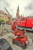 Coche de bomberos y equipo en el día del bombero Fotografía de archivo libre de regalías
