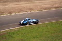 Coche de carreras de alta velocidad del oldtimer Fotografía de archivo libre de regalías