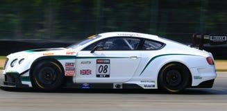 Coche de carreras de Bentley Continental Fotografía de archivo libre de regalías