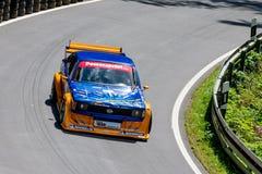 Coche de carreras de Opel en pista Fotografía de archivo