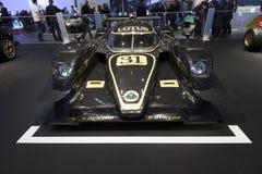 Coche de carreras del prototipo de V8 LMP2 del loto imagen de archivo