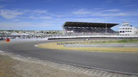 Coche de carreras F1 almacen de metraje de vídeo