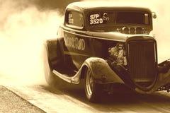 Coche de carreras viejo Fotos de archivo libres de regalías