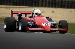 Coche de competición clásico de Ralt a la velocidad Fotografía de archivo