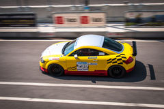 Coche de competición del cupé de Audi TT imagen de archivo libre de regalías