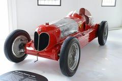 Coche de competición del monoposto de Romeo Bi-Motore de la alfa Imágenes de archivo libres de regalías