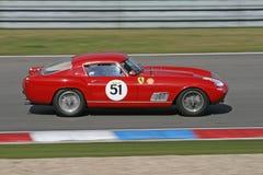 Coche de deportes rojo de la vendimia - Ferrari Fotografía de archivo