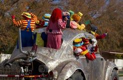 Coche de gran tamaño 2012 del desfile del cuenco de la fiesta imagenes de archivo