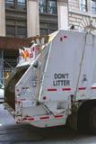 Coche de la basura en Nueva York Imagen de archivo libre de regalías