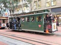 Coche de la calle en Hyde Street en San Francisco fotografía de archivo