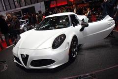 Edición del lanzamiento de Alfa Romeo 4C - salón del automóvil 2013 de Ginebra Imagenes de archivo
