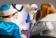 Coche de la Navidad Imágenes de archivo libres de regalías