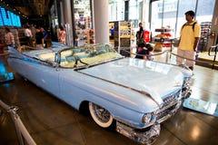 Coche de la obra clásica de Cadillac del vintage fotos de archivo