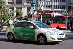 Coche de la opinión de la calle de Google Fotos de archivo