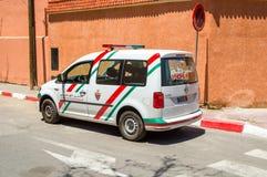 Coche de la policía de Marrocan El carrito de Volkswagen pertenece a la seguridad nacional de Surete Nationale fotografía de archivo