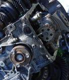 Coche de la sección del motor viejo imagenes de archivo