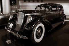 Coche de lujo Lincoln Model K, 1937 Foto de archivo