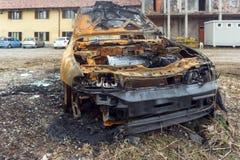 Coche del burn off abandonado Foto de archivo libre de regalías