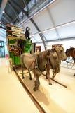 Coche del caballo del vintage - museo del transporte de Londres Fotografía de archivo